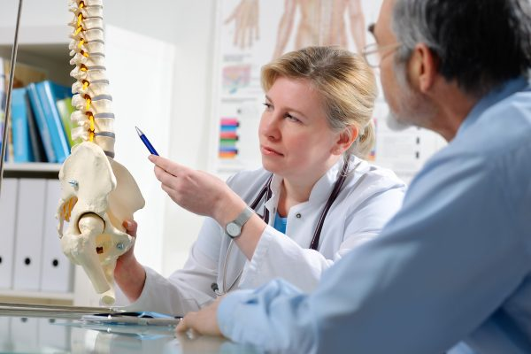 What To Expect At The Chiropractor - web